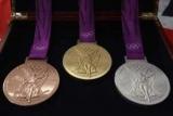 Организаторы Олимпийских игр в Токио могут столкнуться с нехваткой серебра для медалей